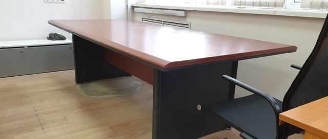Стол офисный большой 250х110 см, б/у