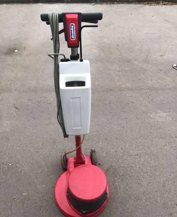 Однодисковая роторная машина Cleanfix R44-120