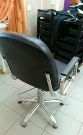 Кресло парикмахерское, стул мастера
