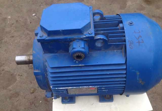 Асинхронный электродвигатель аир112м4