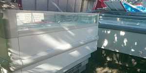 Морозильный ларь,витрина холодильная