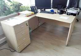 Мебель для кабинетов в офисе