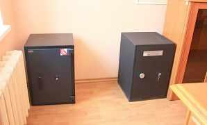 Шкафы, столы, стеллажи, сейфы, шкафы архивные б/у
