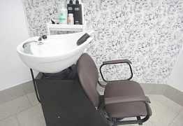 Мойка и кресло для салона красоты
