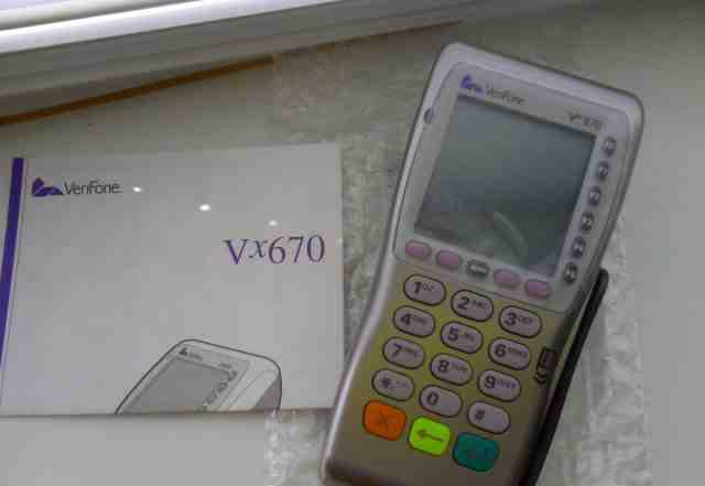 Беспроводной платежный POS-терминал VeriFone Vx670