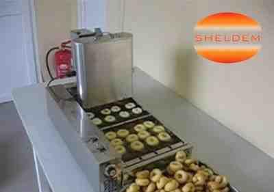 Автоматический пончиковый аппарат