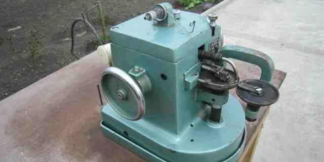 Промышленная швейная машина, скорняжка