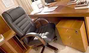 Офисная мебель Бристоль в кабинет руководителя