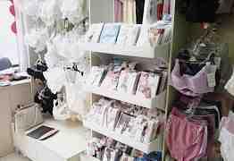 Торговое оборудование в магазин белья