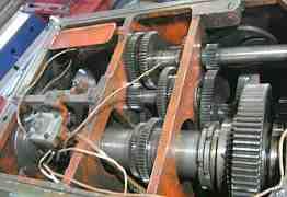Коробка скоростей токарного станка 1М63 (дип 300)