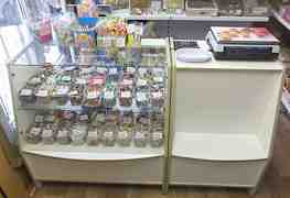 Холодильник бирюса, весы Мехэлектрон-м, стеллажи